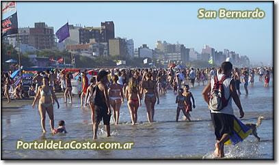 San Bernardo - Balnearios y playa en temporada.